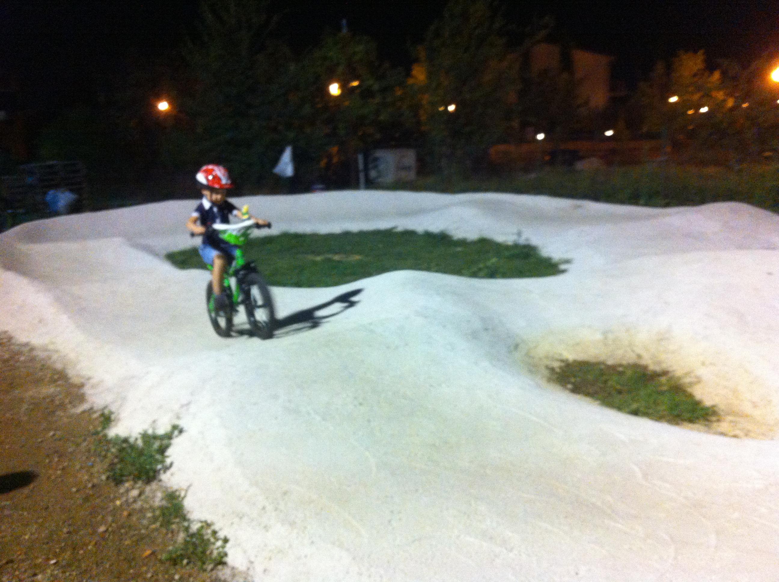 esercitazioni in pista pump track